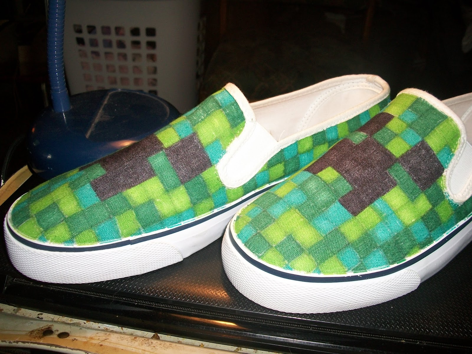 Creative Bling: Minecraft Shoes