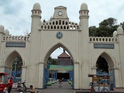 seven-places-to-explore-in-surakartas