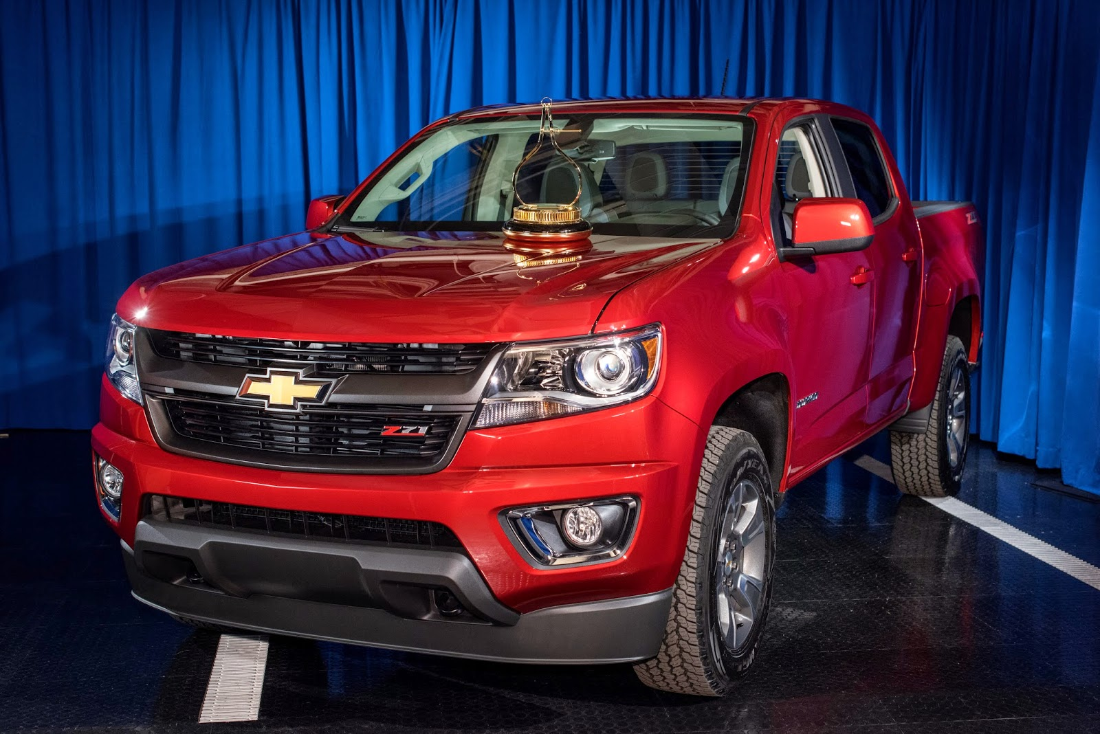 2015 motor trend truck of the year chevrolet colorado. Black Bedroom Furniture Sets. Home Design Ideas
