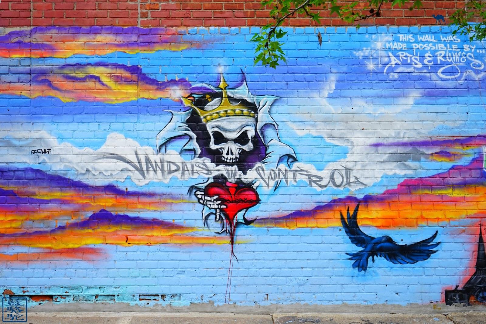Le Chameau Bleu - Blog Voyage New York City Street Art Bushwick 2017 -Vandals in Control- New York