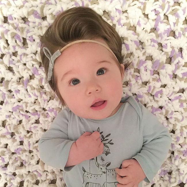 Cute%2BEasy%2BHairstyles%2BFor%2BLittle%2BGirls%2B%252825%2529 30 Cute Easy Hairstyles For Little Girls Interior