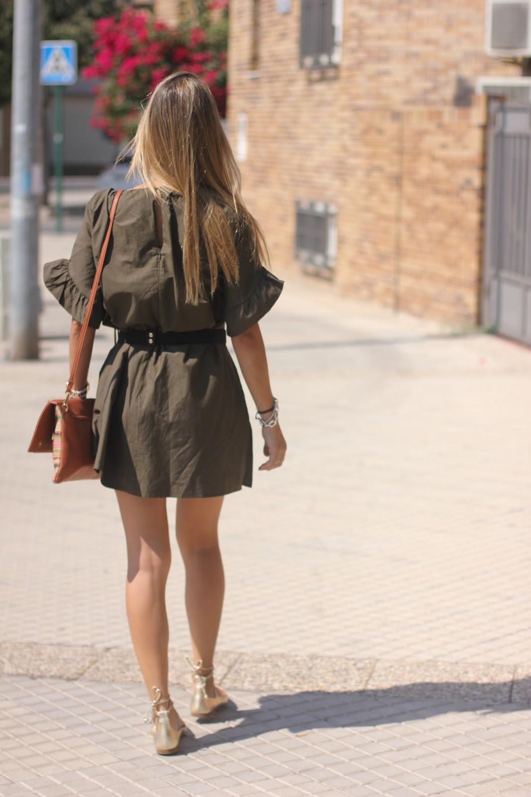 outfit zara look verde militar caqui