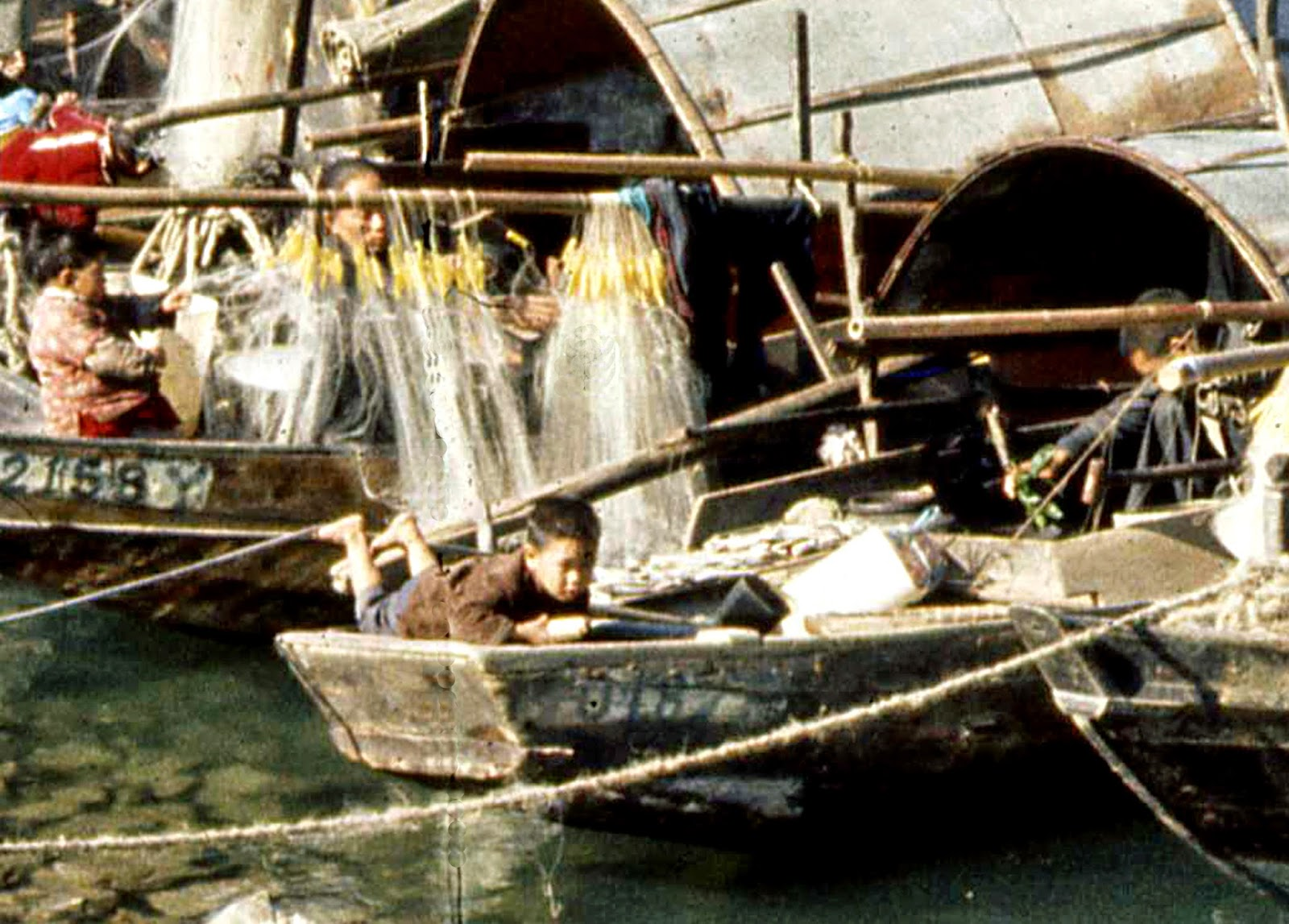 Families on junks in Victoria Harbour - Tanka  - Hong Kong 1969