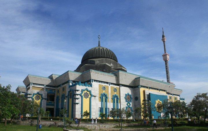 Wisata di Kawasan Jakarta Utara dengan Budget Minim