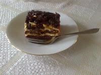 Ciasto kakaowo-orzechowo-śliwkowe