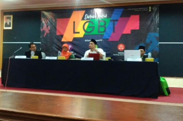 LGBT Marak, Tanda Masyarakat Jauh dari Agama