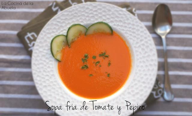 sopa fría tomate pepino plato