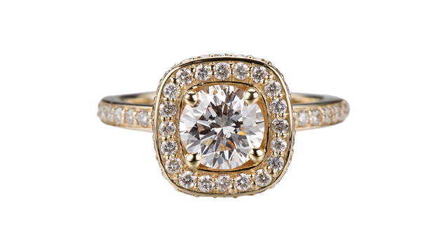 Engagement Ring Glamour