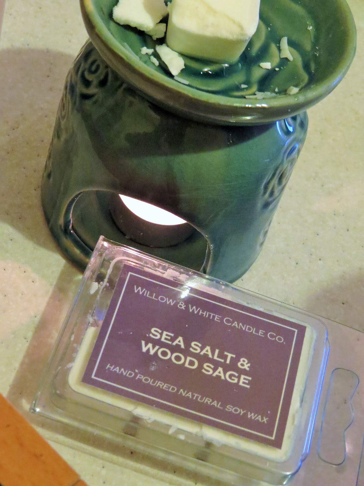 Beauty Balm: Willow & White Candle Co: Sea Salt & Wood Sage Candle Melts