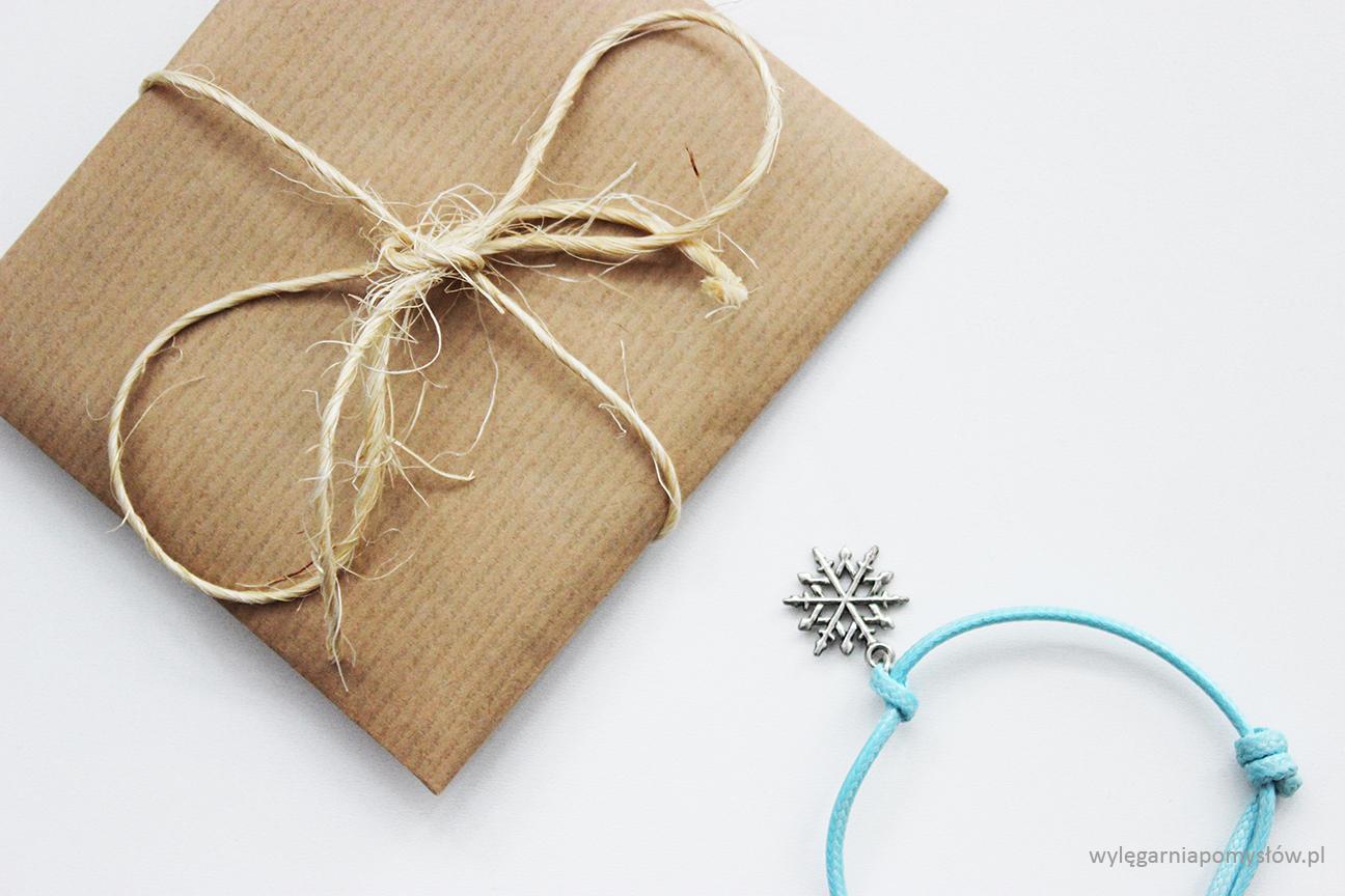 opakowanie na biżuterię diy, diy, blog, bizuteria, opkowanie, szary papier, blogger, zrób to sam