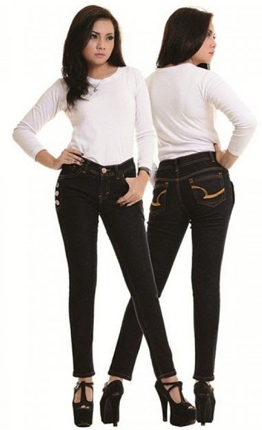 Tips Memilih Model Celana Jeans Wanita Sesuai Bentuk Tubuh