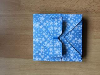 boite cadeau enfant avec noeud