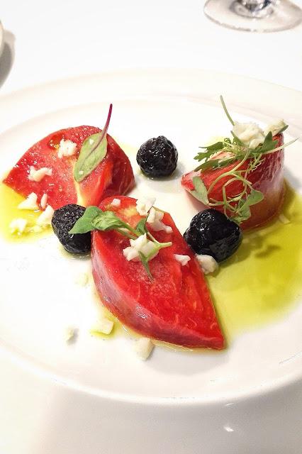 Ensalada clásica de tomate feo de Tudela.