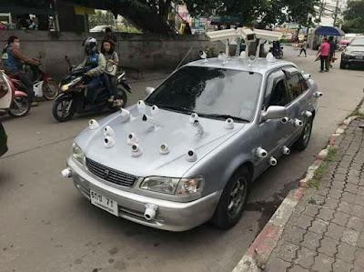 mobil aneh dipenuhi kamera cctv.