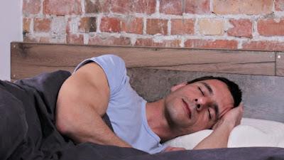 Τα προβλήματα του ύπνου μπορεί να αποτελούν πρώιμη ένδειξη για Αλτσχάιμερ