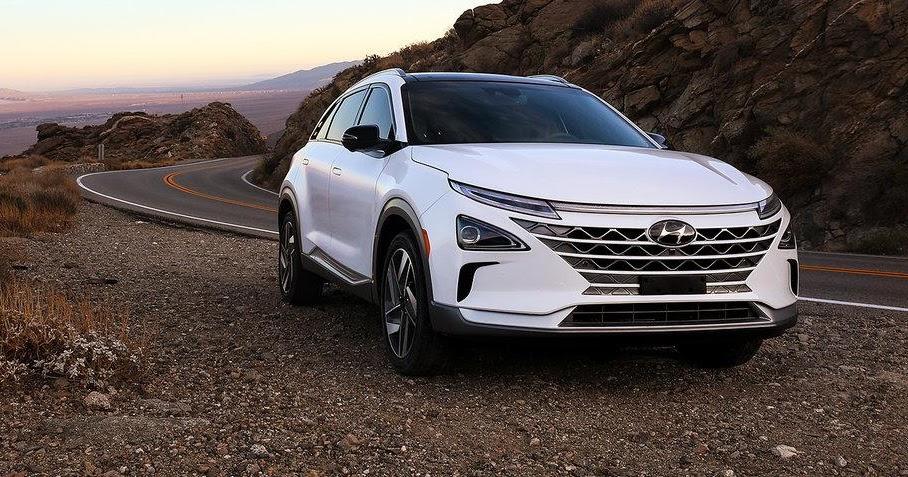 Hyundai's Hydrogen-Powered, Self-Driving SUV Runs at Level 4 Autonomy