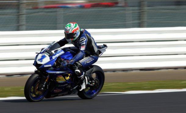 Jack Kennedy abre temporada da Supersport Inglesa com vitória em Silverstone
