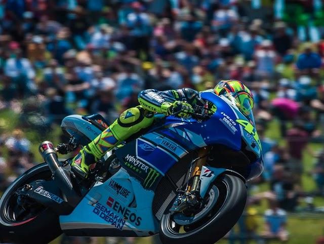 Hasil Kualifikasi MotoGP Jerez Spanyol 2016 : Rossi Asapi Pembalap Tuan Rumah Dan Raih Pole Position