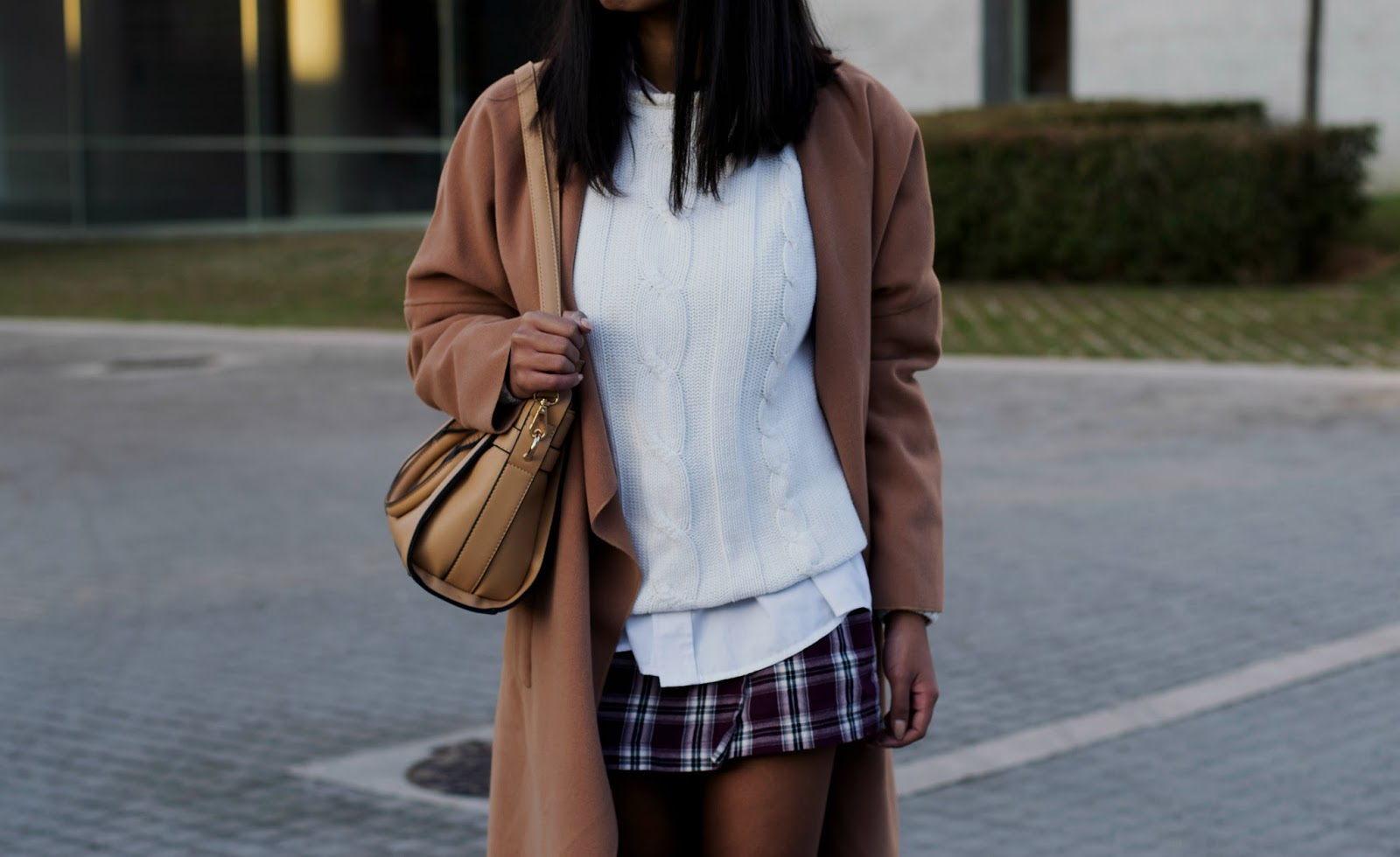 How to wear plaid skirts in winter- holiday outfit inspiration