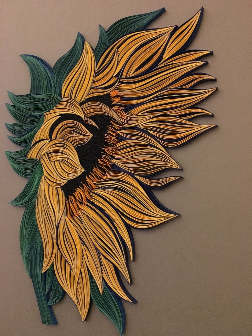 01-Sunflower-Tatiana-People-and-Animal-Portraits-plus-Flower-Quilling-www-designstack-co