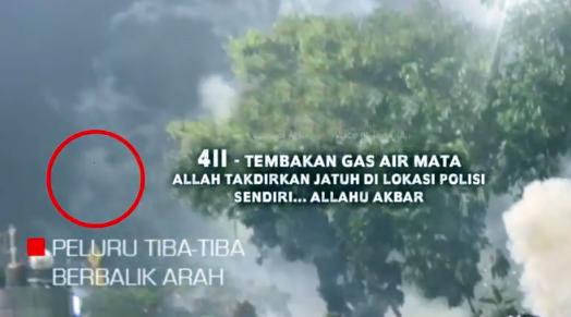 (Video Nyata) Allah Bantu Islam! Peluru Polisi Balik Arah Saat Habib Rizieq Berdoa