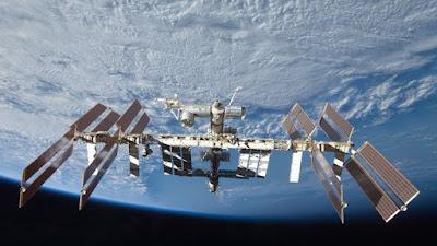 Μικρή τρύπα προκαλεί διαρροή στον Διεθνή Διαστημικό Σταθμό