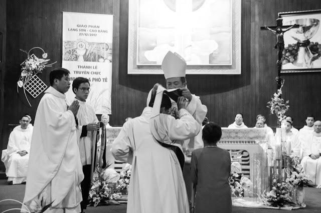 Lễ truyền chức Phó tế và Linh mục tại Giáo phận Lạng Sơn Cao Bằng 27.12.2017 - Ảnh minh hoạ 157