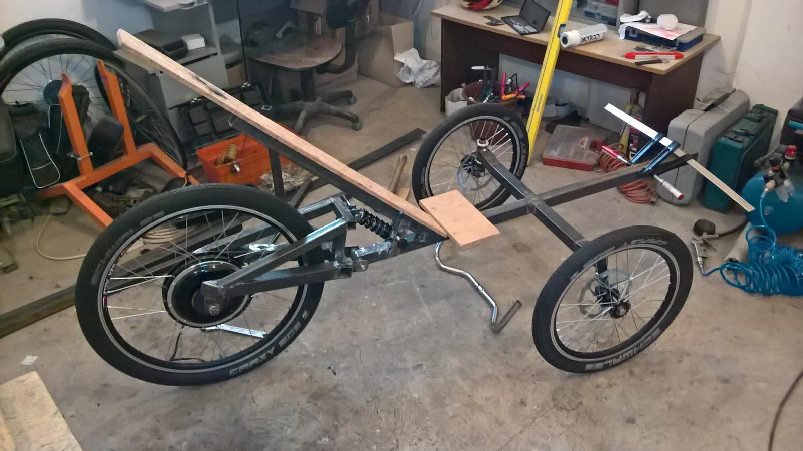 elektro bicikli e trike. Black Bedroom Furniture Sets. Home Design Ideas
