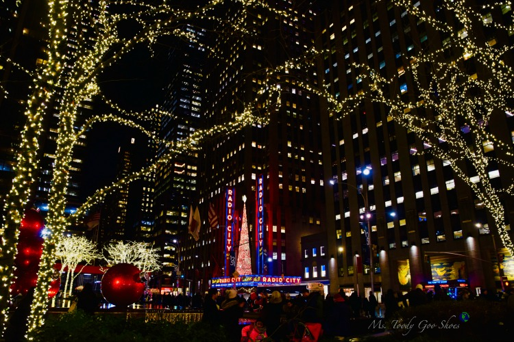 Radio City: One of 10 Must- See Holiday Sights in Midtown, New York City | Ms. Toody Goo Shoes