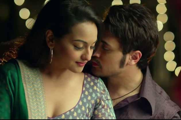sonakshi sinha hot kiss - photo #2