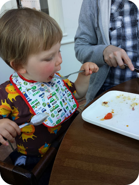toddler eating, prezzo