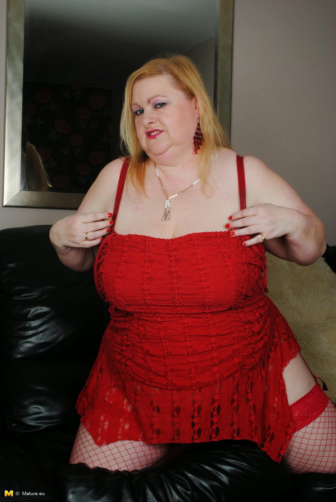 Mature Lovers Bbw Mature In Red Lingerie  Stockings-6510