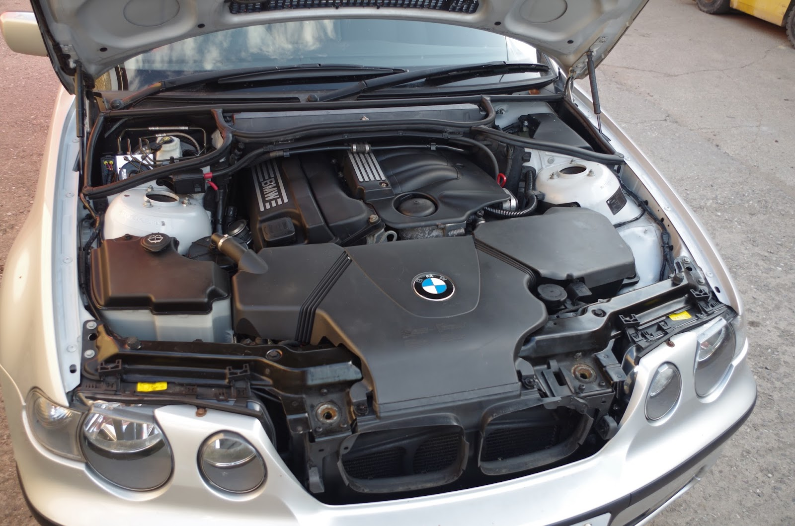 Bmw Owner Blog Bmw Compact E46 316 318 Ti Removing The