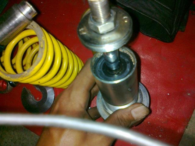 Cara Memperbaiki Shock Breaker Motor yang Mati otomaksi
