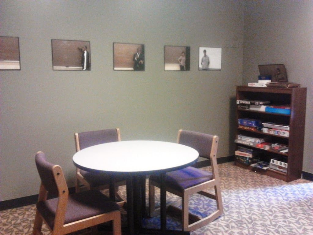 ruang baca, international hostel chicago