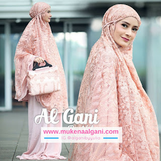 Azizah Dokter barbie Tika  cantik wearing Mukena Najwa super duper Best Seller 😍