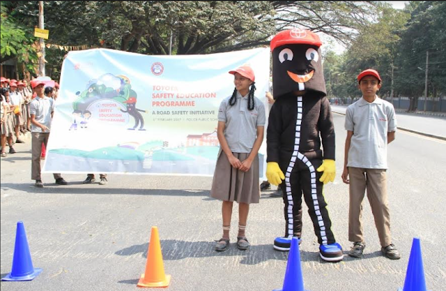 Students from Police Public School with the Safety Mascot during the inauguration of Toyota Safety Education Program in Madiwala
