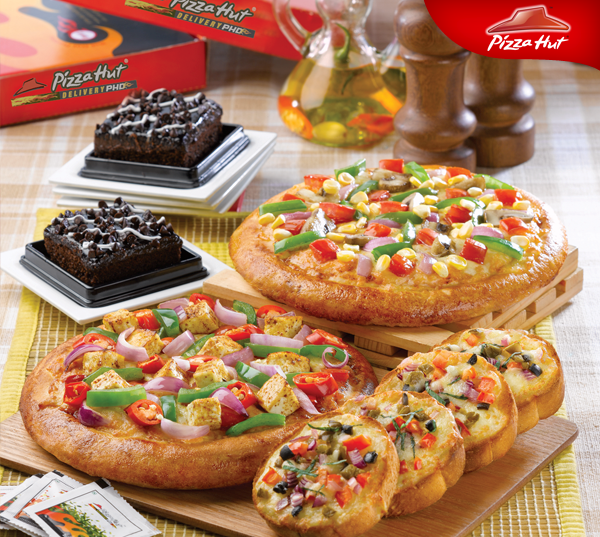 Tandoori chicken pizza pizza hut