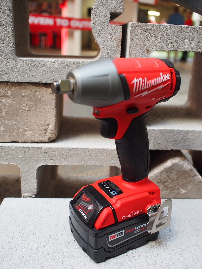 milwaukee-cordless-tools