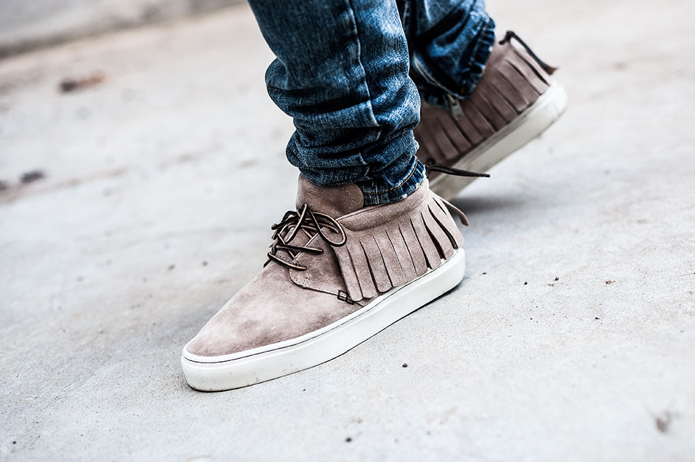 Clearweather ONE-O-ONE Sand Mocassin / MNML M1 Denim by Tom Cunningham