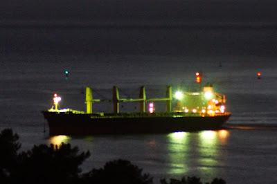 Προσαραγμένο μέχρι αυτή την ώρα το φορτηγό πλοίο στην Ηγουμενίτσα (+ΦΩΤΟ)