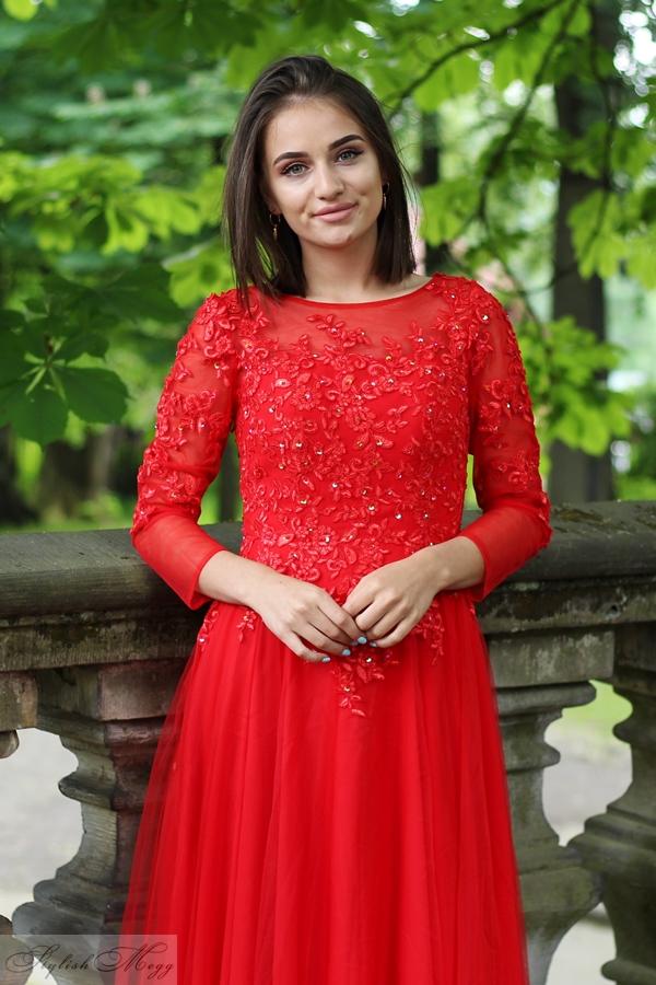 4a580a72f0 Sukienka ma piękny delikatny różowy kolor który podkreśli naszą opaleniznę.  Ta sukienka również ma na ...