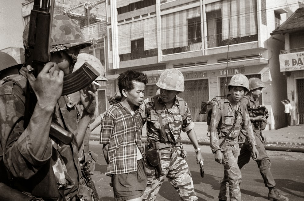 Vietcong officer Nguyen Van Lem minutes prior his execution.
