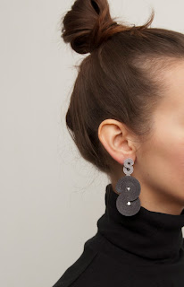 modern-earrings-silver-grey