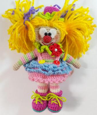 клоун крючком игрушка