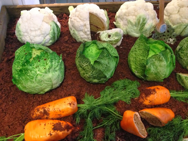 Baketopia Edible Cabbages Carrots Cauliflowers