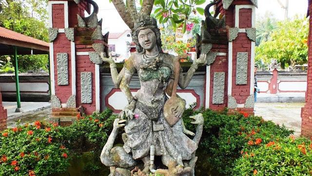 dewi saraswati