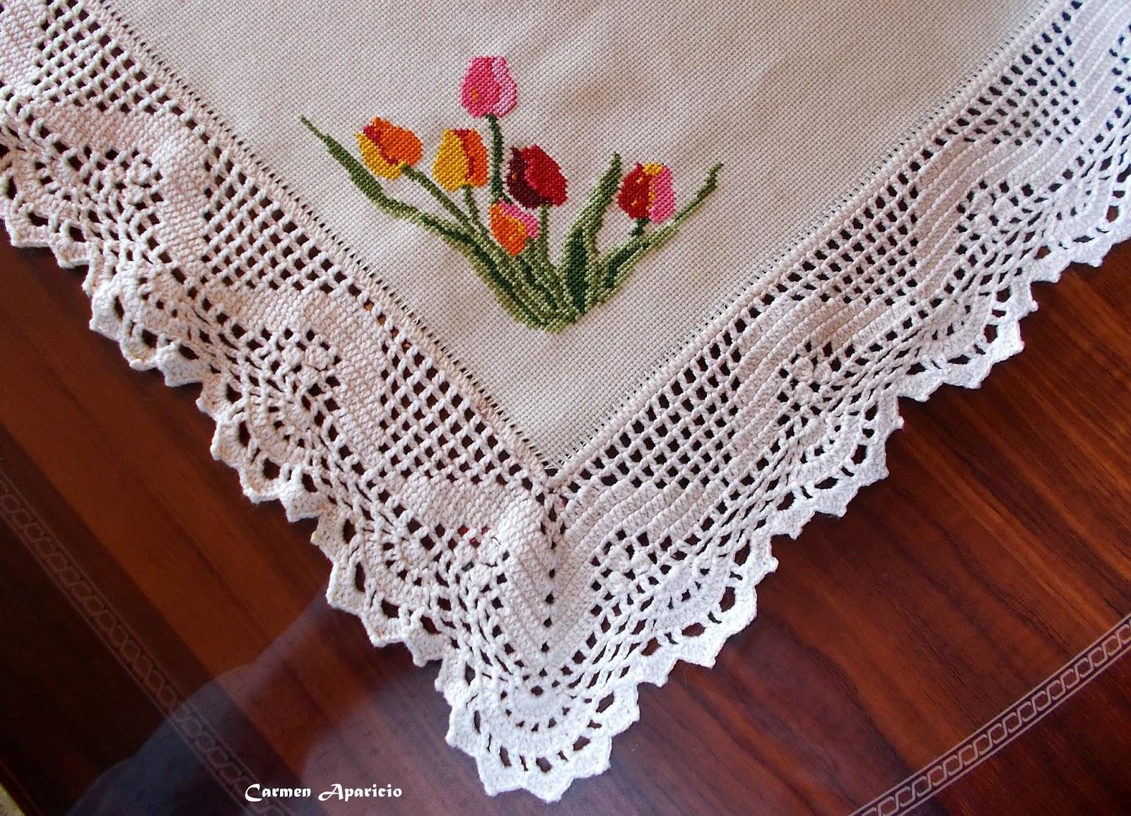 Mirando los detalles tapete para la mesa a punto de cruz - Tapetes para mesa ...