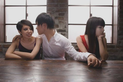 Thơ chế về đàn ông lăng nhăng đa tình mê gái