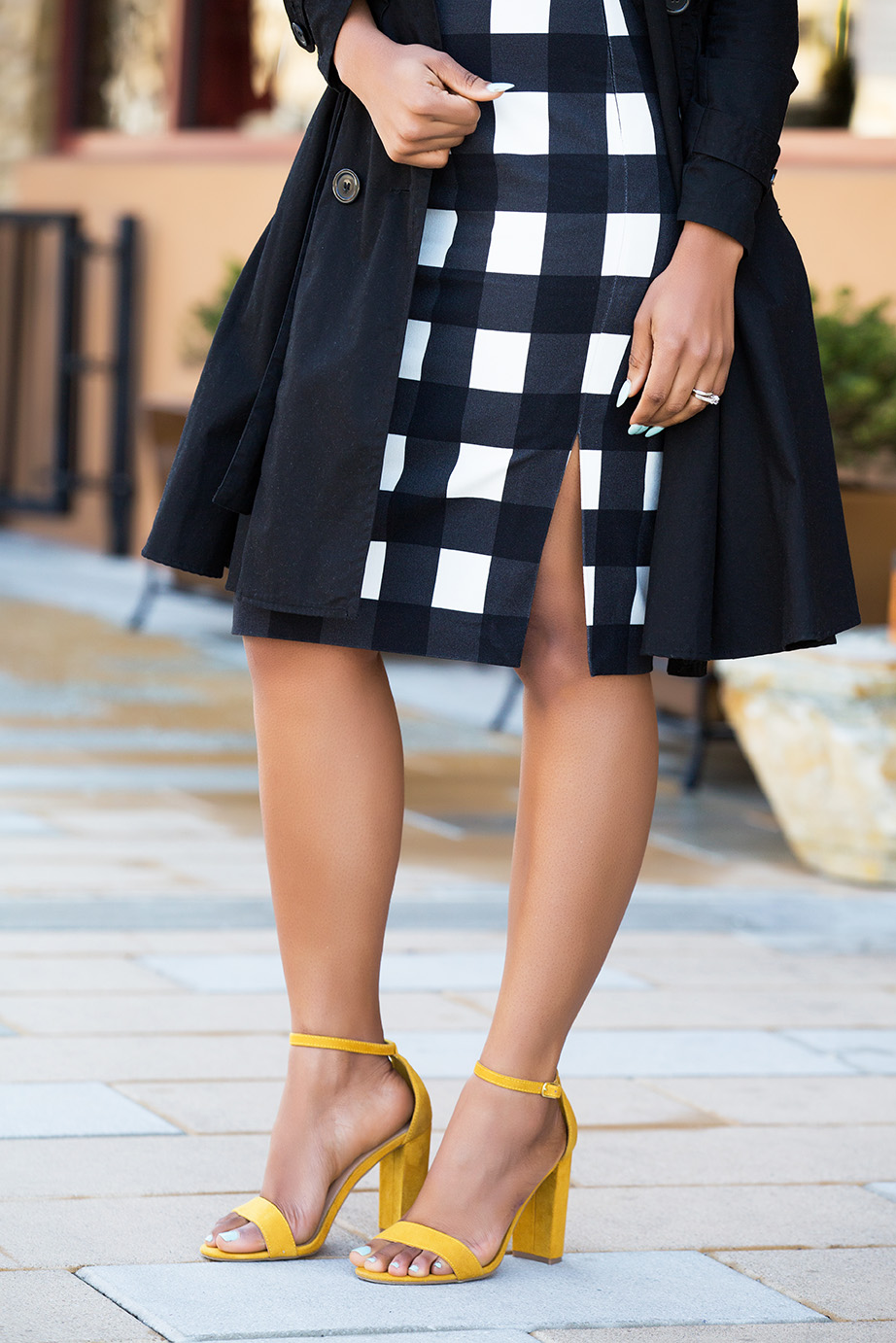 yellow block heels, gingham midi pencil skirt, www.jadore-fashion.com